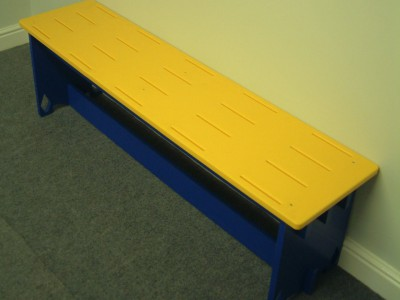 Free standing bench seating